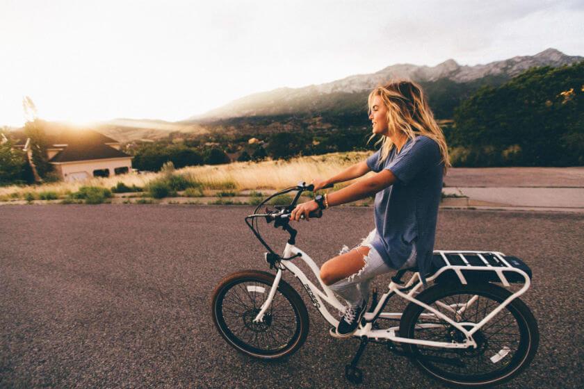 travelettes biking