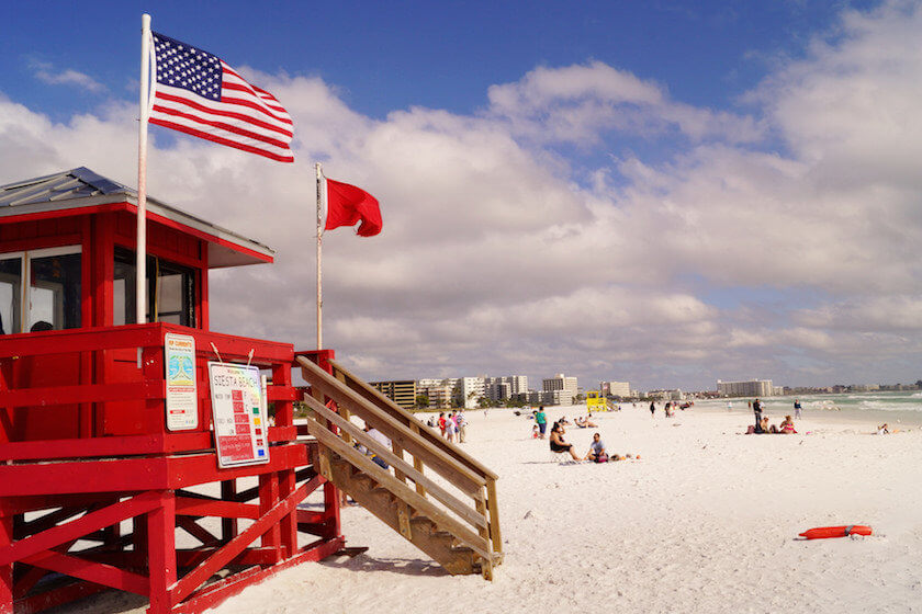 No need to leave the country in order to escape the winter chill! Here are our favourite US American beaches for your next staycation.
