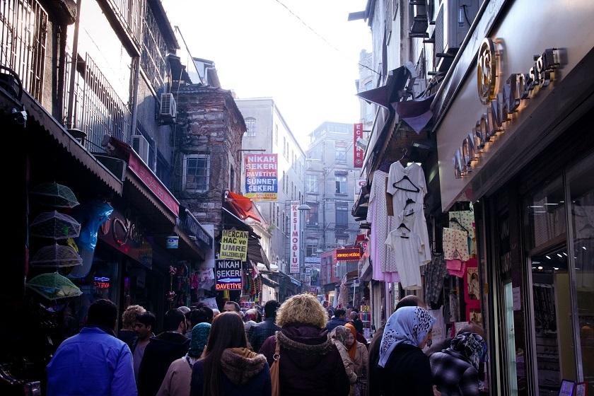 Tourist Masses Crowds Istanbul Turkey