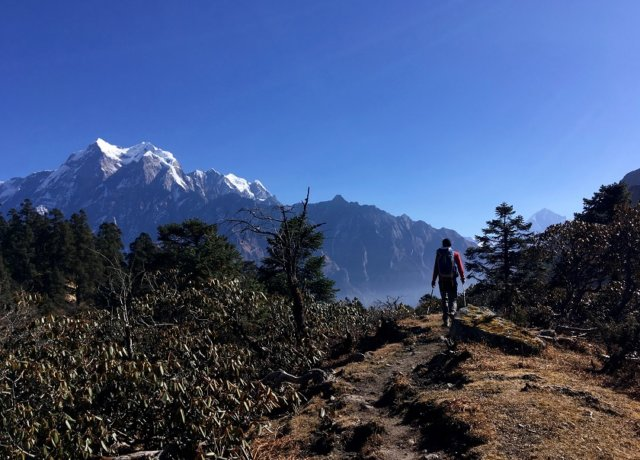 The Travelettes Guide to independent and sustainable trekking in Nepal