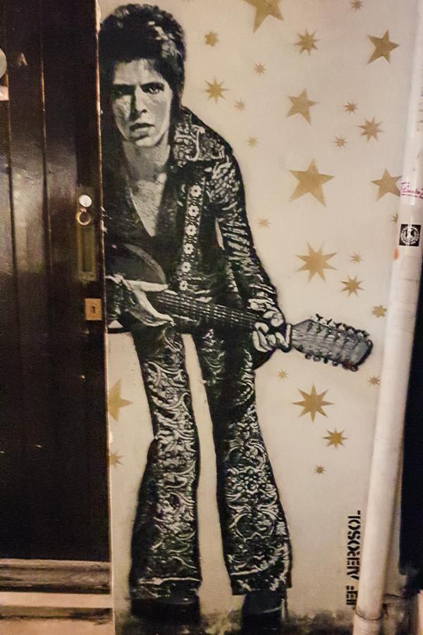david bowie street art in brighton