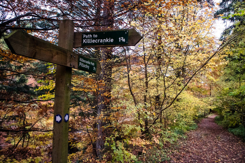 Sign for the Pitlochry to Killiecrankie woodlands path.