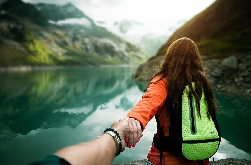 10 Ways of Sharing your Love for Travel with Others