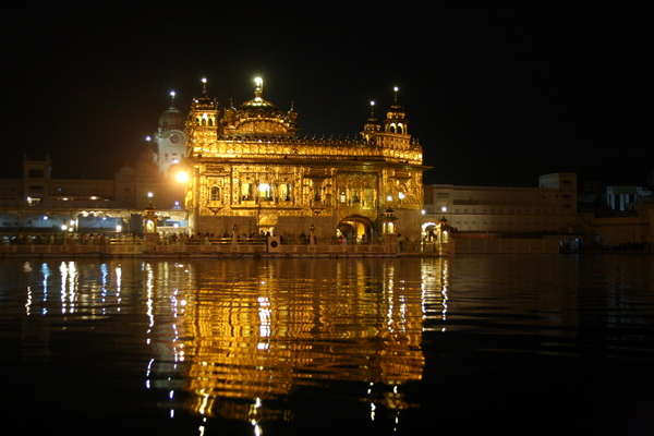 Amritsar - a different world inside a temple