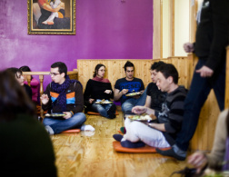 Madrid: veggie lunching with the Hare Krishna