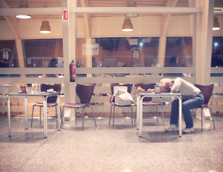 20 things to do at the airport when your flight is delayed