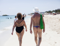 Playa del Carmen - holidaying by the book