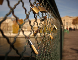 Lock your love in Paris