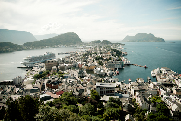 The Travelettes Guide to Ålesund, Norway