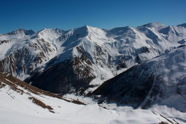 Dutch to build fake mountain for winter sports