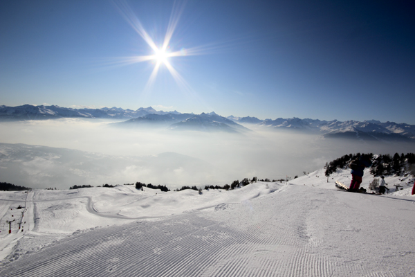 Above the clouds - Mountain Panoramas of Switzerland