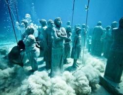Ariel's Revenge - Cancun's Underwater Movie Set