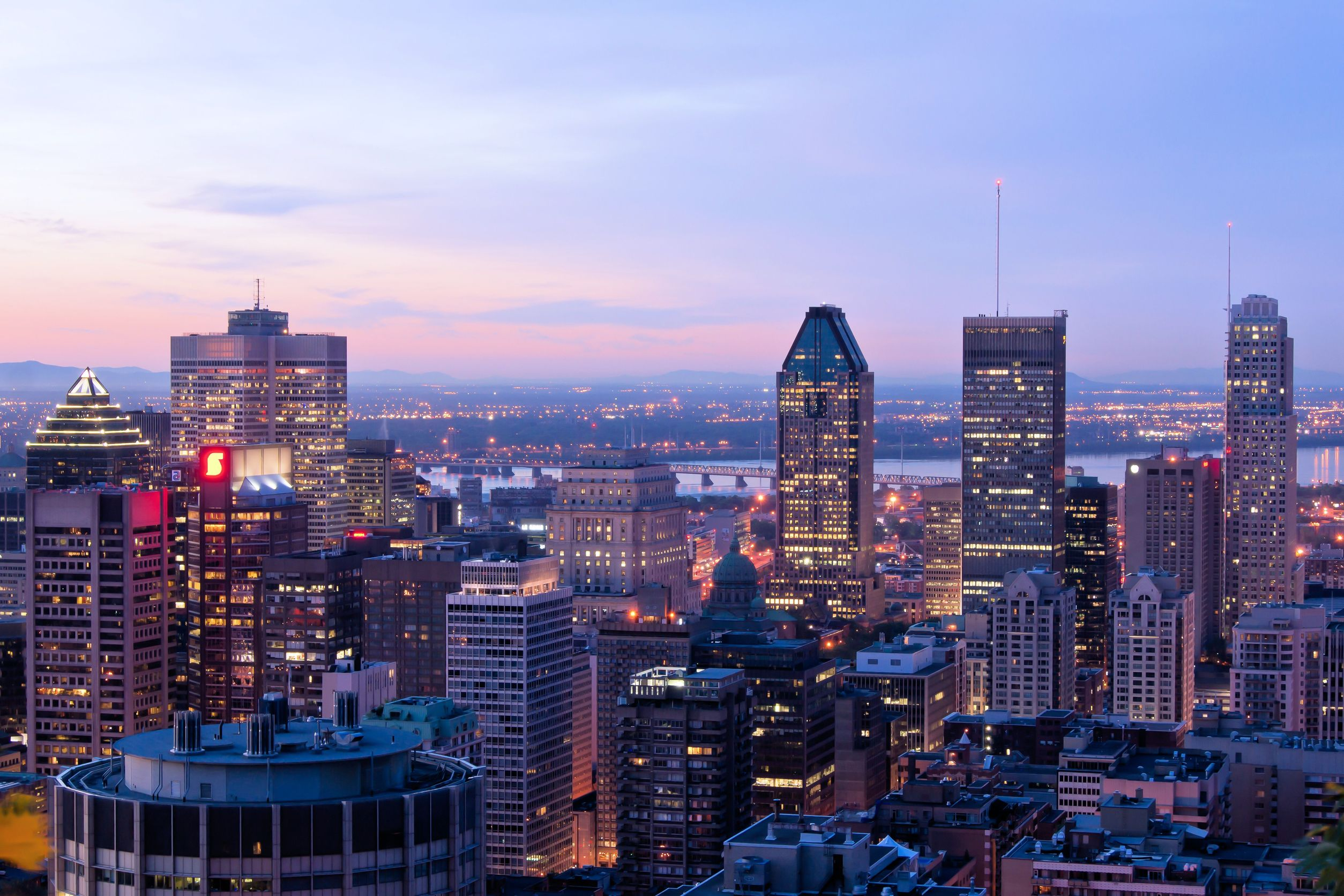 Montreal-skyline-Canada