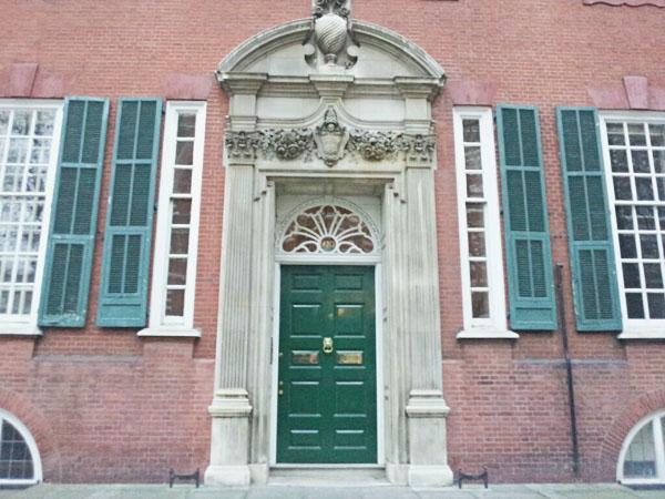 Queens Gate House