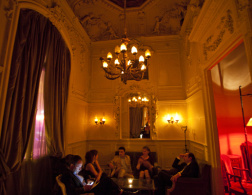11 Great Bars in Paris
