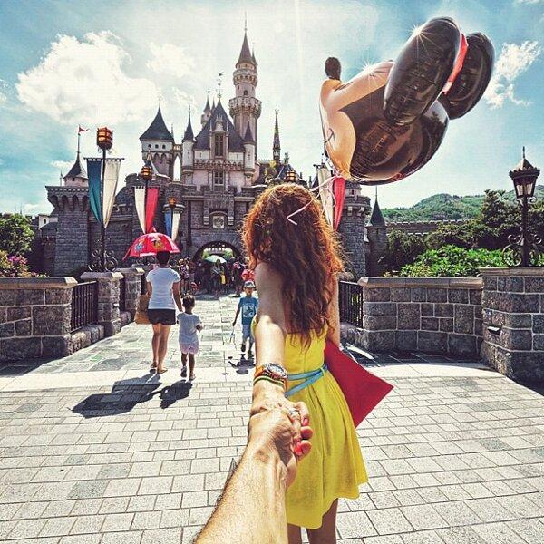 Murad-Osmann-Follow-Me-To-pictures-Photographers-Girlfriend-Leads-Him-Around-the-World-20