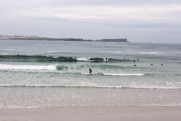 trav_baleal surfing