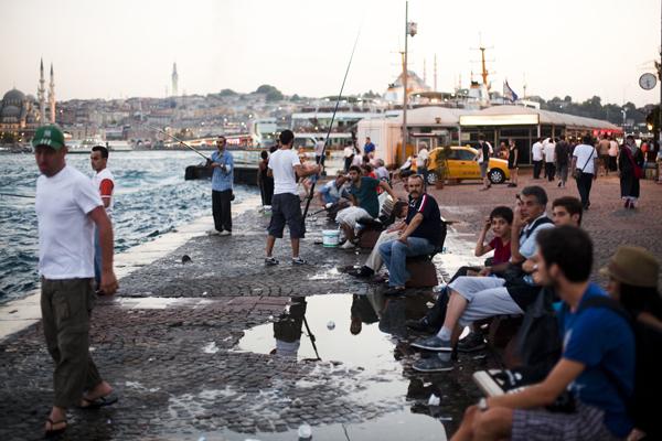 fishermen istanbul