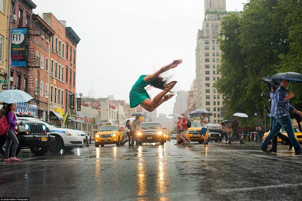 05_JordanMatter_Dancers