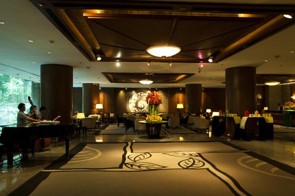 lobby at banyan tree bangkok