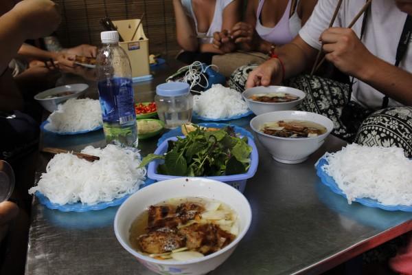 bun cha making
