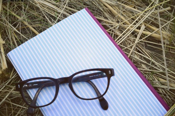 notebook_glasses_effected