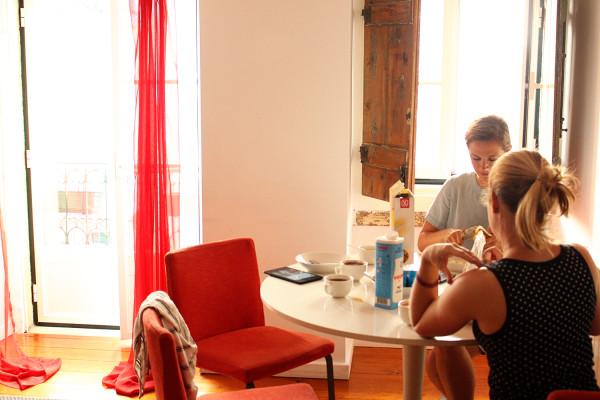 Breakfast in Lisbon Apartment