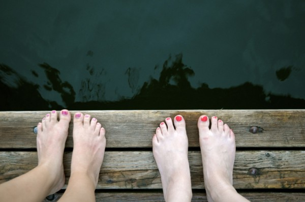 lake_idro_sisters