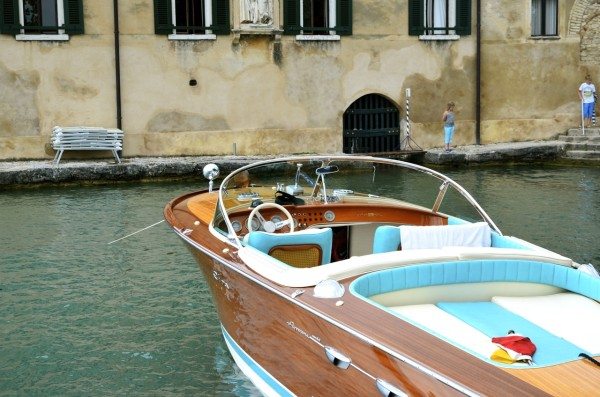 vintage_boat_garda