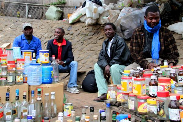 malawi - blantyre - market - travis lupick