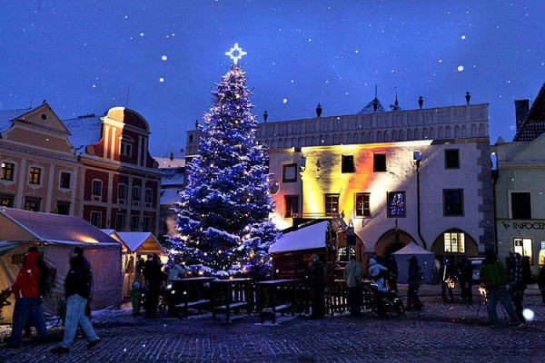 Awesome Christmas Markets in Europe - Cesky Krumlov, Czech Republic