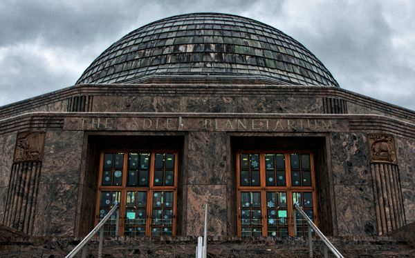 Cool Things to do in Chicago in Winter - Emily Perkinson - Planetarium