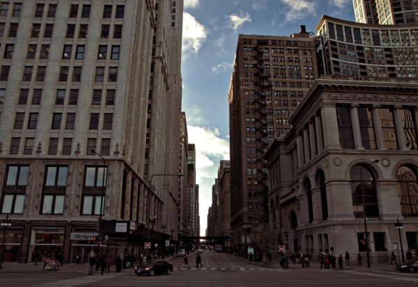 Cool Things to do in Chicago in Winter - Emily Perkinson