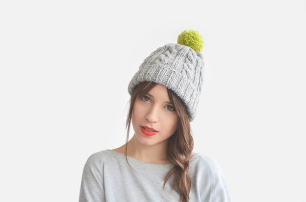 5 Necessary Winter Travel Accessoires - beanie hat