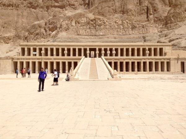 Along the Nile in Egypt - Lilian Lee - Hatshepsut 2