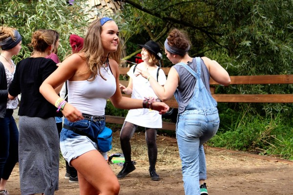 Dancing-at-MS-Dockville-1024x682