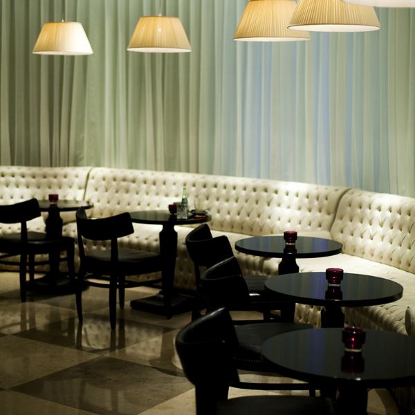 wyndham grand berlin bar