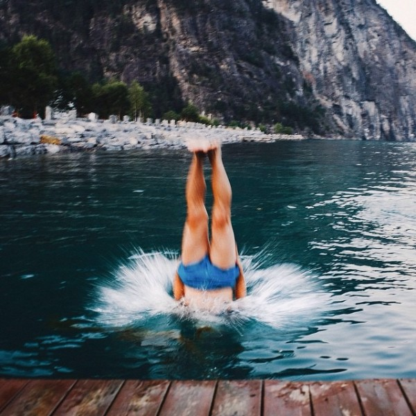 travelettes_anton_charushin_upside_down_travel_photography07