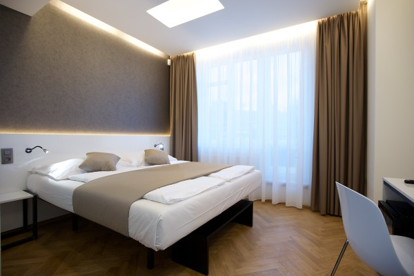 Hotels under €100 - Mosaic House Prague 2