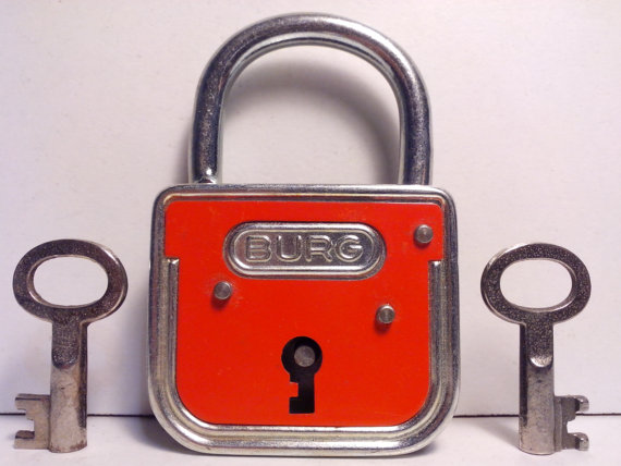 Lovely Gifts for Travelers - Padlock
