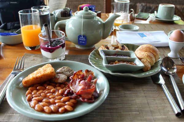 Breakfast - Travelettes Review of The Surin, Phuket by Frances M Thompson