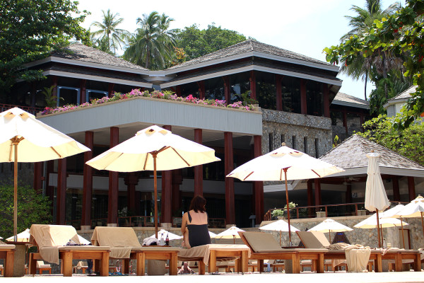 By the pool - Travelettes Review of The Surin, Phuket by Frances M Thompson