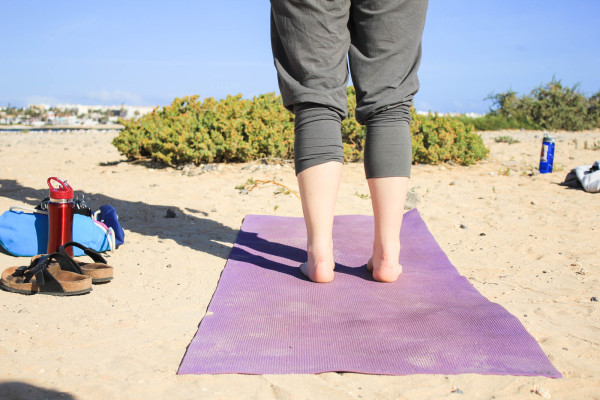 How yoga can make you a better traveler - kamah yoga - sophie saint-6