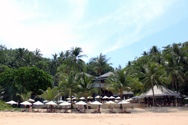 On the beach - Travelettes Review of The Surin, Phuket by Frances M Thompson