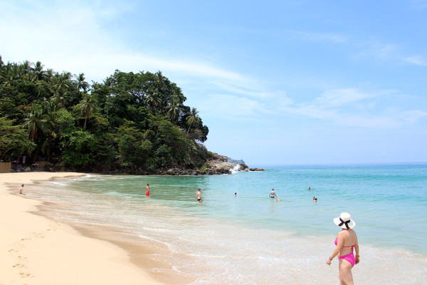 Pansea Beach - Travelettes Review of The Surin, Phuket by Frances M Thompson