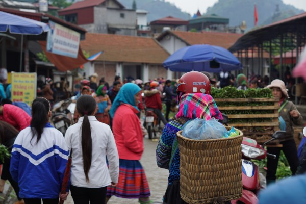 The Sunday market in Bac Ha, Vietnam - Liv Clarke 1