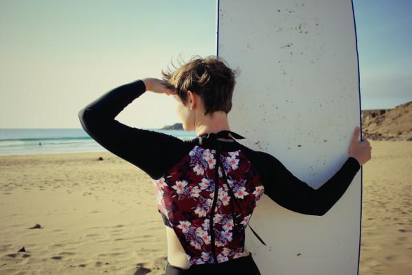 kathi swimsuit back sea