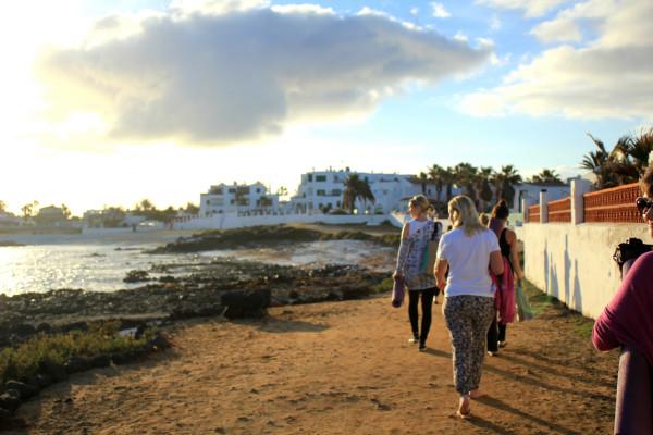 sunrise yoga walk girls