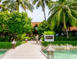 10 minutes to paradise - a trip to Kurumba, Maldives