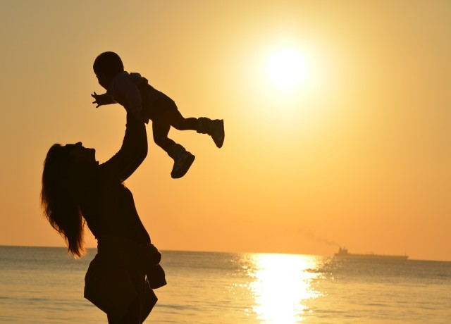 How should we teach our children to travel?